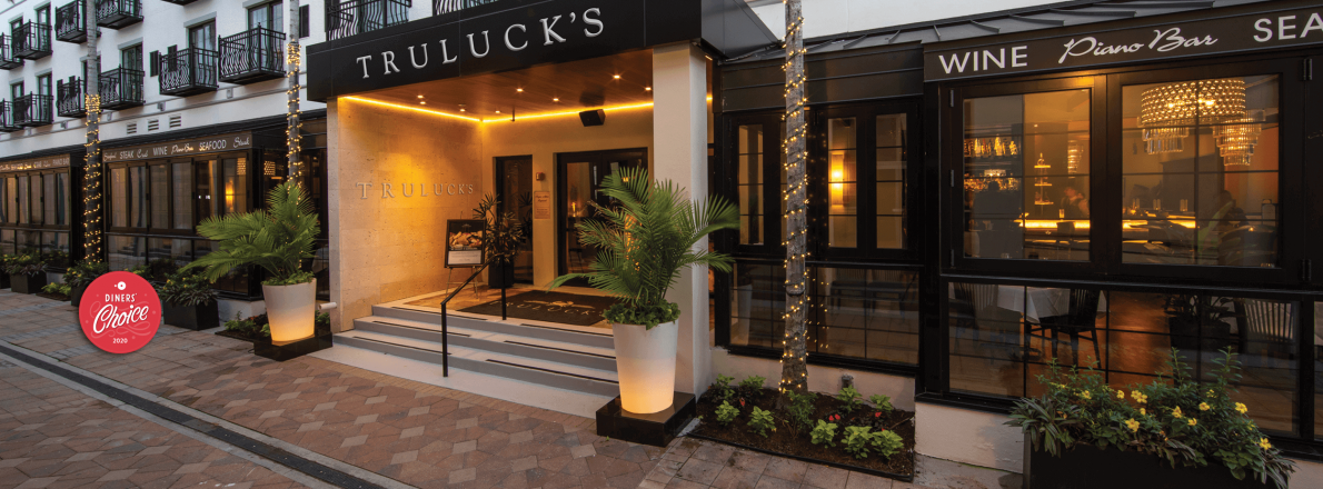 picture of Truluck's Naples front exterior entrance